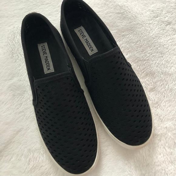4fa8cacb978 Steve Madden Zeena Slip-On Sneakers 8M 8.5M. M 5c615bff4ab63391f663a555